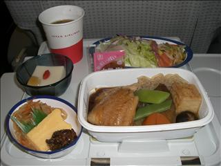 JAL8877便機内食